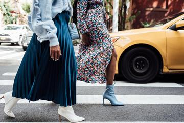 Women walking in the city