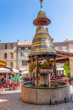 Place de la fontaine pagode, Anduze, Gard, France
