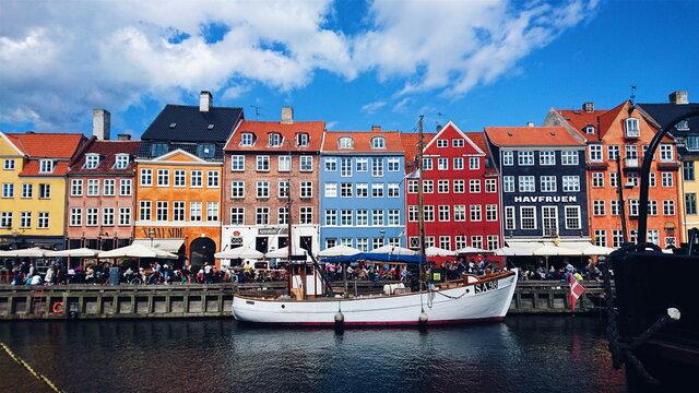 Nyhavn, Colorful Buildings