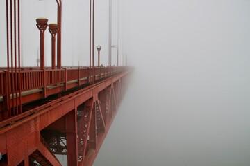 Fotomurales - Golden Gate In Fog