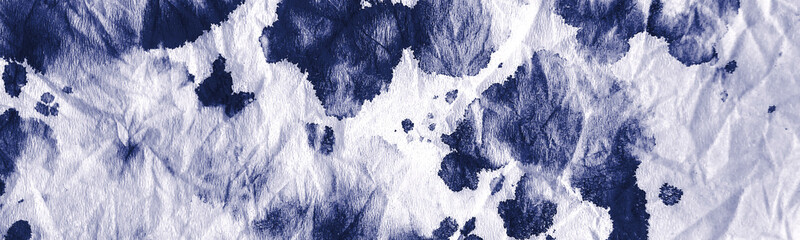 Dirty Art Wallpaper. Sea Watercolor Painting. Nautical Rough Tie Dye Print. Navy Crumpled Inked Fabric. On White Background. Scattered Acrylic Blobs. Hand Drawn Dirty Art. Fotobehang