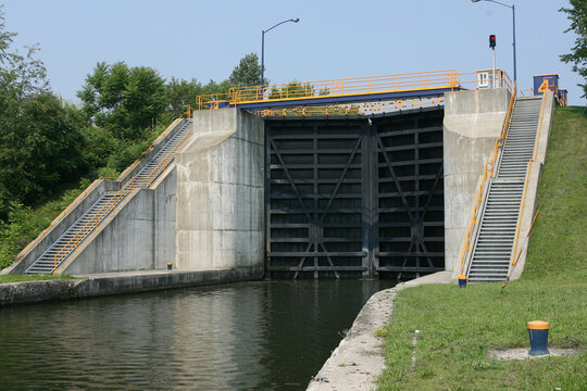 Lock gates on Erie canal