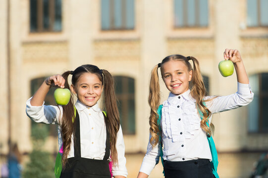 Nutrition for healthy teeth. Happy kids smile with apples. Dental diet. School snack. Dental health. Oral hygiene. Dental care habits. Preventing cavities. Dental school. Pediatric dentistry