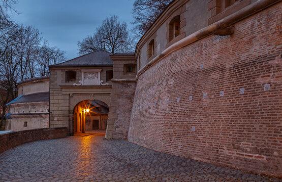 Früher Morgen an der Stadtmauer in Augsburg