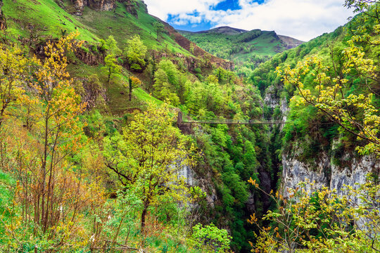 Holzarte footbridge over the Olhadubi gorges in Larrau, Pyrenees-Atlantiques Department / France