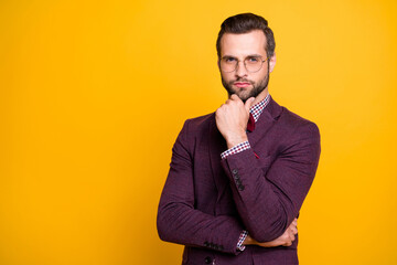 Photo sur Toile Les Textures Photo of handsome wealthy clothes stylish guy boyfriend business man well-dressed hand on chin minded smart person wear specs tie bow shirt blazer isolated yellow color background