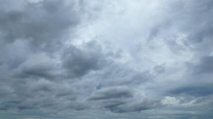 Wall Mural - 曇り空のタイムラプス