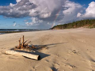 Fototapeta Plaża w Dziwnowie - tęcza