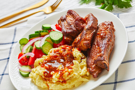 Beer braised pork ribs with mashed potatoes