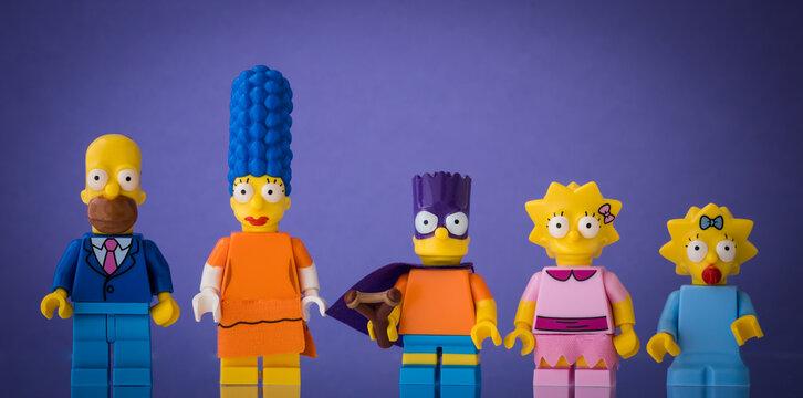 Lippstadt - Deutschland 19. Juli 2020 Lego Familie Simpson