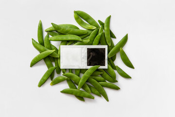 salt and pepper take away bags with beans