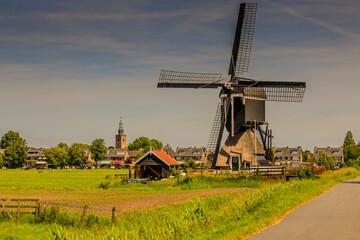 Photo sur Aluminium Rotterdam Windmühle, Rotterdam, Kinderdijk, Streetkerk