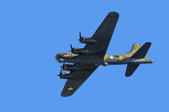 B17 Flying Fortress in flight during an air show