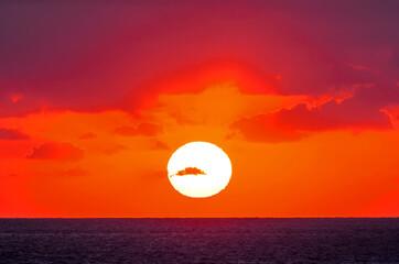 Foto auf Acrylglas Rot The fantastic and wonderful sunset Caribbean sea.