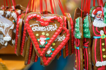 gingerbread heart, decorative sweets on traditional Christmas market, Christmas holidays