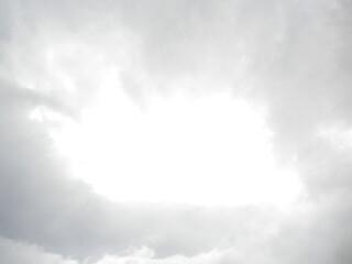 Luce nelle nuvole