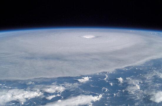 INTERNATIONAL SPACE STATION IMAGE OF HURRICANE ISABEL.
