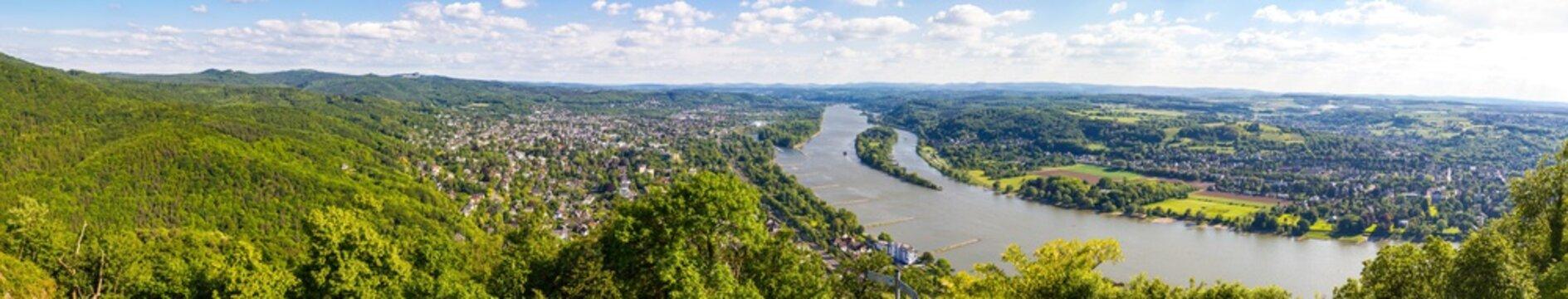 Bonn und Bad Honnef vom Drachenfels hell