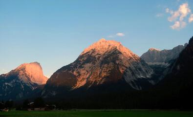 Sunrise in Wetterstein mountains