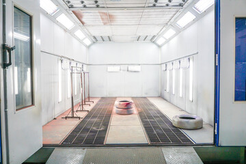 Automotive paint room,Paint booth in the car repair station