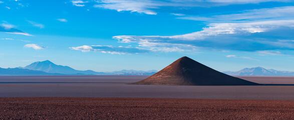 Cone of Arita, in the desert landscape of the Salar de Arizaro, La Puna, Argentina, South America, America Fototapete