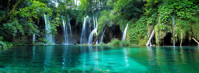 Fotobehang Watervallen Waterfalls with clear water in Plitvice National Park, Croatia