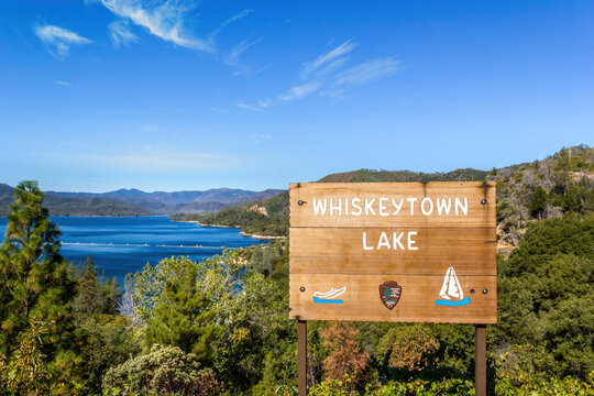 Recreational area, Whiskeytown lake in California  with sign