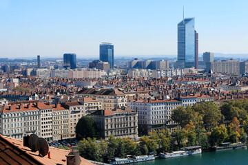 Les tours reconnaissables du centre de Lyon dans le quartier de La Part Dieu. Fotobehang