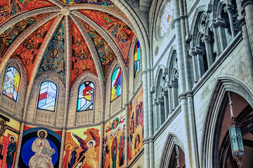 Fototapete - Almudena Cathedral in Madrid, Spain