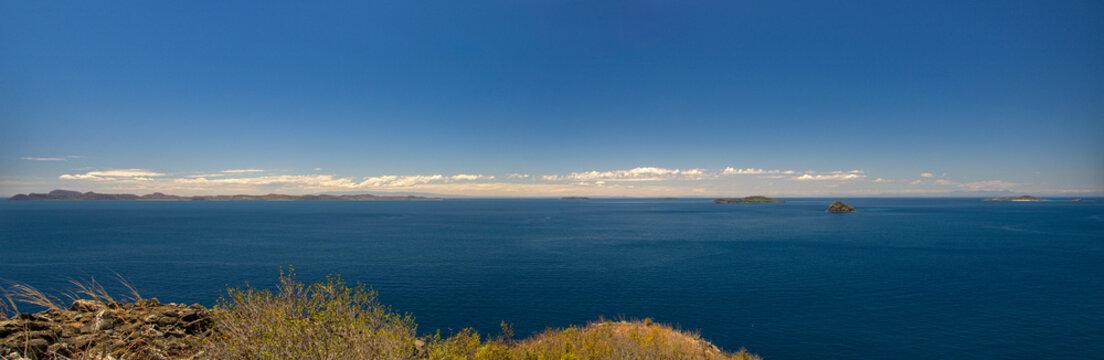 Panorama sur les Quatre Frères, archipel Mitsio - Madagascar