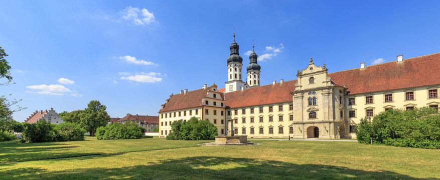 Innenhof des Klosters Obermarchtal