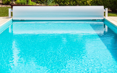 Solar Pool Cover Roller Shutter With Crank