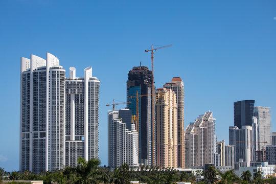 Building skyline in Aventura