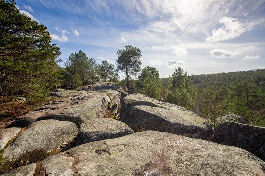 Point de vue depuis le Chaos rocheux des Gorges de Franchard à Fontainebleau