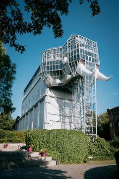 Glaselefant im Maximilianpark bei Tag, Hamm, Deutschland