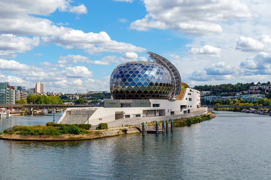 Boulogne-Billancourt, France - August 18 2020: La Seine Musicale (City of Music) is a music and performing arts center. It is located on ile Seguin, an island on the Seine river west of Paris.