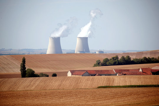 Cooling towers of the Nogent-sur-Seine nuclear power plant