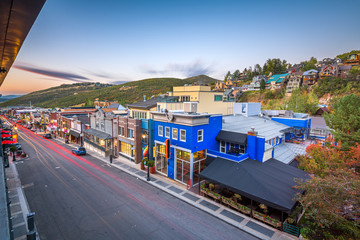 Fototapete - Park City, Utah, USA Town View Over Main Street