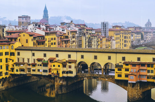 Beautifull view of Ponte Vecchio from Ufizzi Gallery