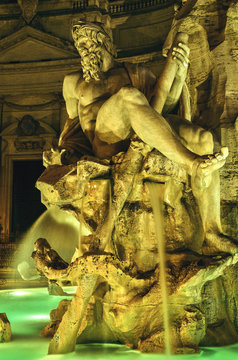 A nightshoot photo of the sculptures from Piazza Navona