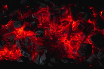 Photo sur Aluminium Texture de bois de chauffage hot red coals among black ash, wallpapers for mobile devices, abstract