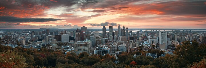 Montreal sunrise city skyline panorama