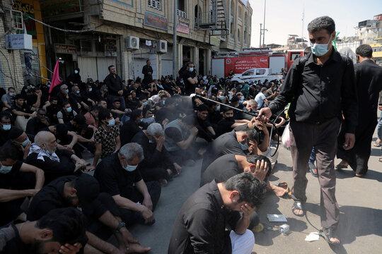 Iraqi Shi'ite Muslims mark Ashura amid COVID-19