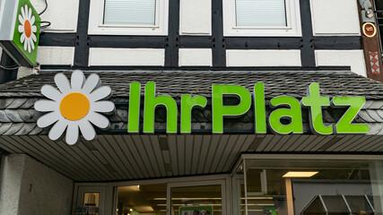 IHR PLATZ Logo