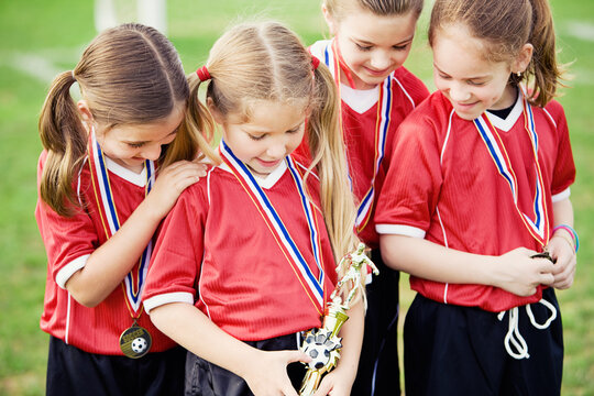 Soccer: Girl's Team Gets Trophy