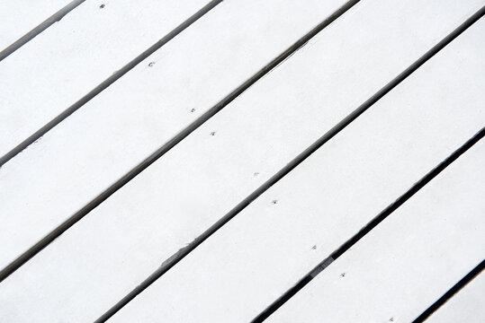 白い木の床