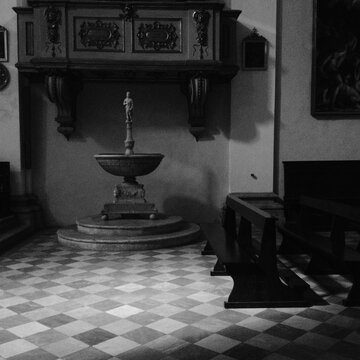 Interior of a church in the Tuscan region of Italy