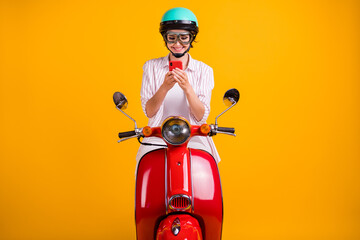 Foto auf Leinwand Vogel auf Asten Photo of positive girl ride drive scooter use smartphone search location destination online wear white striped shirt trousers goggles helmet isolated bright shine color background