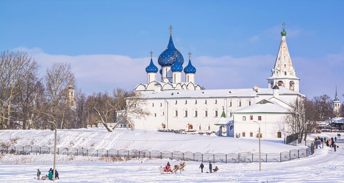 Gold ring of Russia. View of the Suzdal Kremlin on a sunny, frosty, winter day