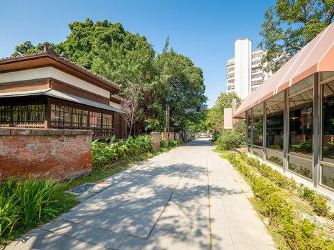 Taichung Literary Park used to be the police dormitories during the Japanese- ruling era.